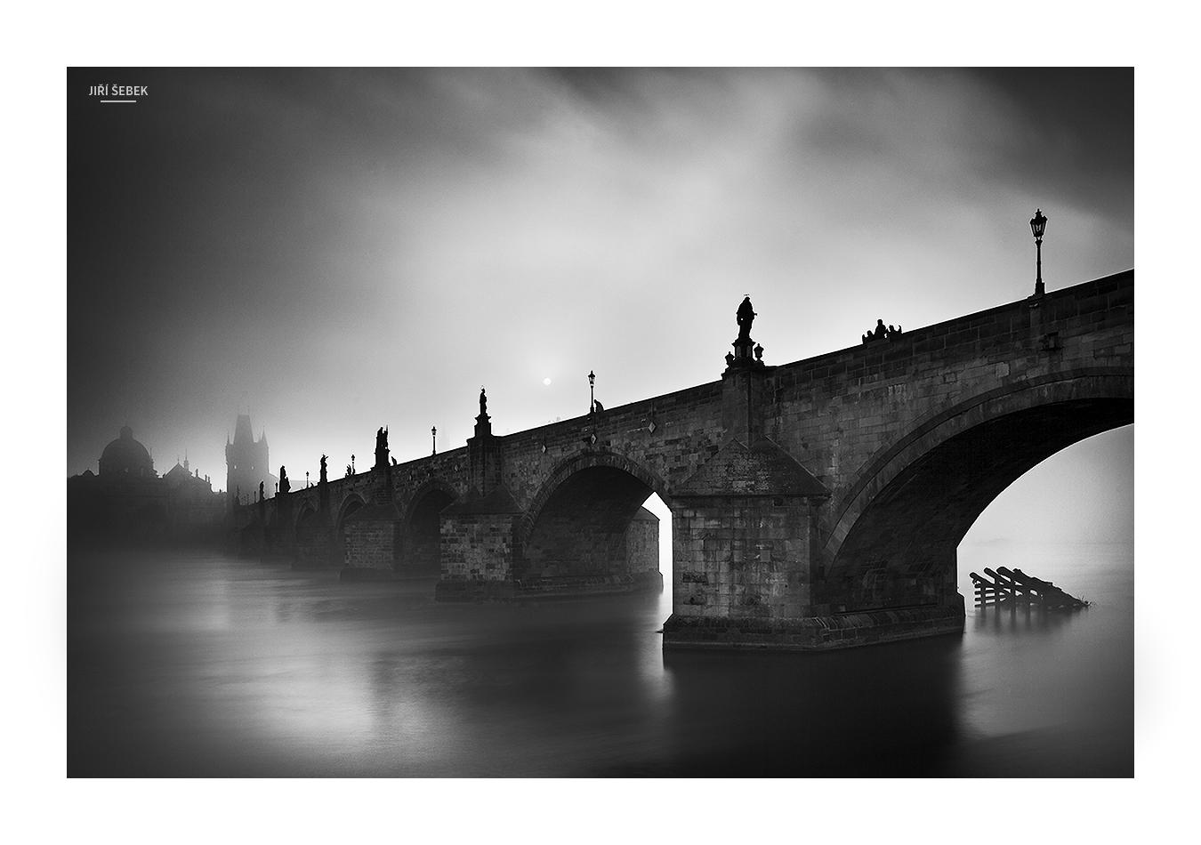fotografie Slunce nad mostem 2