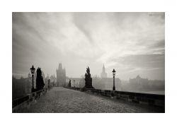 fotografie karlův most po ránu
