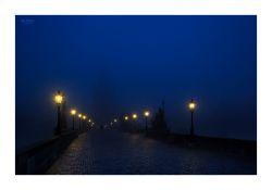 fotografie Karlův most v noci