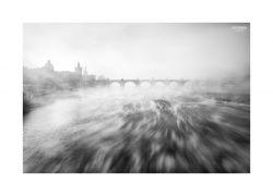fotografie Cáry mlhy pod Karlový mostem