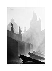 fotografie Karlův most v mlze